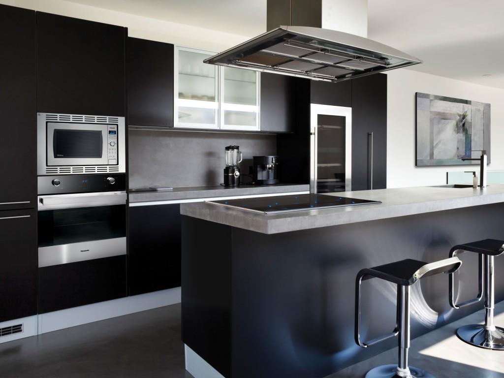 Кухненски мебели в кухнята